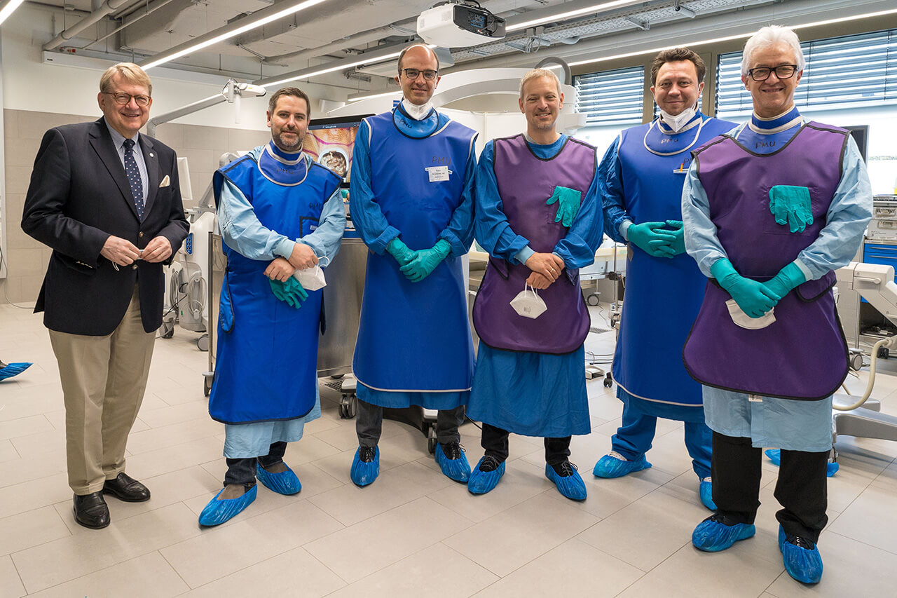 Dr. Aulitzky and Faculty at the Wet Lab